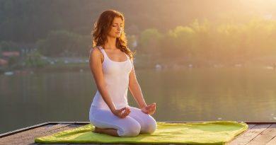 Đánh-thức-sức-mạnh-và-vẻ-đẹp-với-15-bài-tập-Yoga