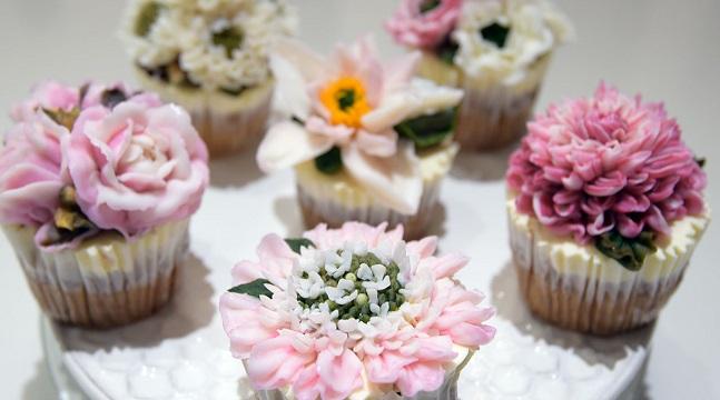 Bánh kem bơ Cupcake 6 mùa hoa yêu