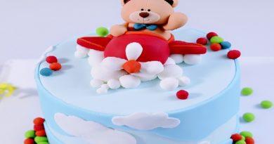 Chinh phục Fondant: Dựng mẫu bánh Gấu lái máy bay cho bé trai