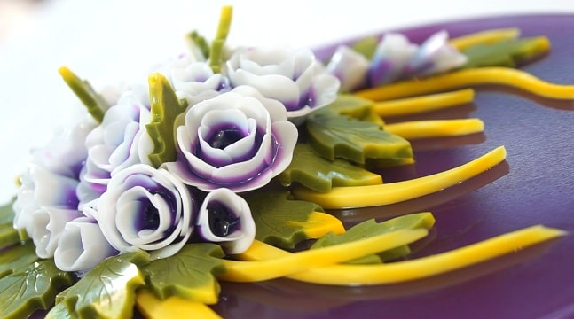 Rau câu hoa nổi nghệ thuật: Mẫu bánh hoa hồng